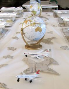 Una mesa muy original para una fiesta aviones / A very original table for an airplane party