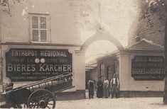 Grossiste de boissons, distributeur des bières Karcher et de la Comète, 139 rue des Pyrénées (démoli), vers 1900.