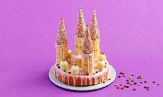 Geburtstagskuchen Prinzessinnen-Schloss: Kuchen: Butter, Zucker und Salz gut verrühren, Eier nach und nach beigeben und weiterrühren. Zitronenschale beigeben ...