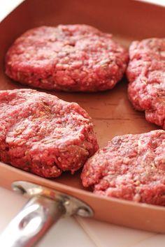 Homemade Salisbury Steak patties ready to cook meals steak Easy Salisbury Steak Recipe Homemade Salisbury Steak, Salisbury Steak Recipes, Top Recipes, Meat Recipes, Cooking Recipes, Barbecue Recipes, Recipies, Healthy Recipes, Healthy Meals