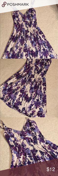 London Times Floral A Line Dress London Times• A Line• Floral Purple Pattern• Straps Cross on Back•Hits Below the Knee London Times Dresses