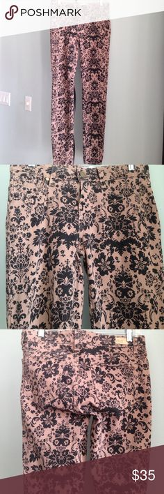 """PAIGE Verdugo Ultra Skinny Floral Jeans Details - Chai Brown and Black Floral  - Five-Pocket Design; Zip Fly with Gold-Tone Button Closure - Size 28 (fits a little smaller) - Approx. 30"""" @ Inseam;  14.5"""" @ Flat Waist - In Excellent Condition (Tag has in it)  Fiber Content: 98% Cotton, 2% Elastane Paige Jeans Jeans Skinny"""