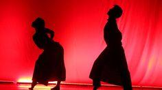 """Presentación de """"Fuga"""" de la compañía Periferia (Colombia).IV edición de Prisma Festival Internacional de Danza Contemporánea de Panamá que se realiza del 12 al 19 de octubre, donde participarán compañías de danza de varios países. El evento se realizó el Teatro Anayansi, el Ateneo de Ciudad del Saber y el Teatro Anita Villalaz."""