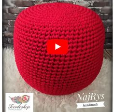 Crochet Pouf Pattern, Crochet Baby Sweater Pattern, Baby Sweater Patterns, Crochet Cushions, Crochet Stitches, Crochet Patterns, Diy Crafts Knitting, Crochet Projects, Crochet Slippers