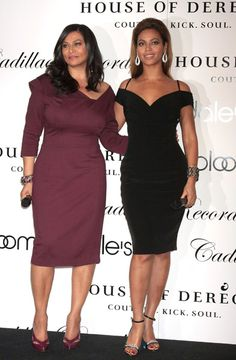 Like Mother Like Daughter: Beyonce and Tina Knowles look radiant as they pose for a picture. What do you think about this curvy duo? Tina Knowles, Beyonce Knowles, Houston, Jay Z, Texas, Beyonce Style, Mrs Carter, Queen B, Feminine Style