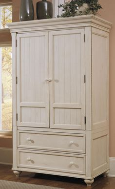 Beau Treasures White TV Armoire   Klaussner $1332