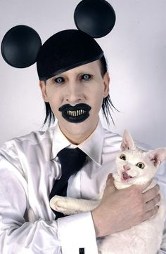 Marilyn Manson & Cat