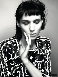 Distance and Delicate eroticism....Rooney Mara caught out of Time...l