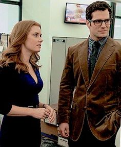 Amy Adams (Lois) and Henry Cavill (Clark Kent) in Superman film