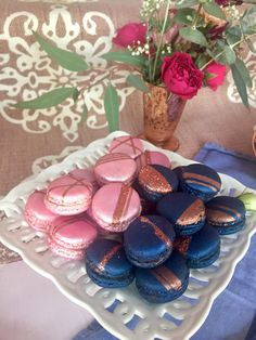 blue and pink sweet 16 - - - - Metallic Macarons. blue and pink sweet 16 - - - - Deco Baby Shower, Gold Baby Showers, Gender Party, Baby Gender Reveal Party, Gender Reveal Cookies, Pink Sweet 16, Gender Reveal Party Decorations, Macaron, Reveal Parties