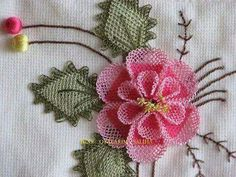 This Pin was discovered by HUZ Silk Ribbon Embroidery, Hand Embroidery Patterns, Diy Embroidery, Embroidery Designs, Knitting Patterns, Lace Flowers, Crochet Flowers, Crochet Lace, Crochet Unique