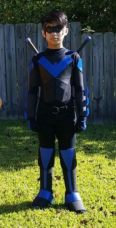 DIY Nightwing costume for comicon and Halloween.  sc 1 st  Pinterest & Handmade child Nightwing Costume with Escrima sticks | Nightwing ...