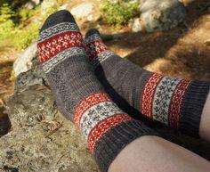 Ravelry: Echoes from Karelia pattern by Tiina Kuu Free Knitting, Knitting Socks, Knitted Hats, Knitting Patterns, Crochet Patterns, To My Mother, Wool Socks, Knitting Accessories, Fingerless Gloves