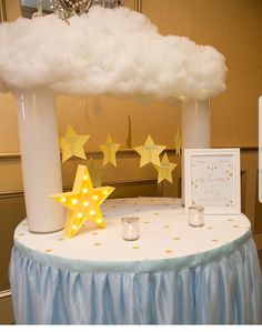 Pinterest✨: destinyddf Baby Party, Baby Shower Parties, Baby Shower Themes, Shower Ideas, Gold Baby Showers, Star Baby Showers, Baby Shower Centerpieces, Baby Shower Decorations, Baby Shower Cakes