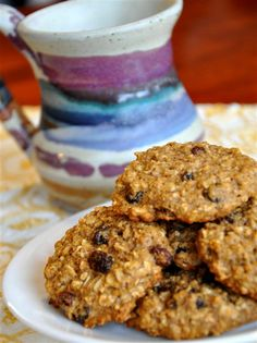 Healthy Oatmeal Raisin Cookies (egg, refined sugar, xanthan/guar gum free) Yields about 24 cookies Sugar Free Oatmeal, Gluten Free Oatmeal, Oatmeal Raisin Cookies, Oatmeal Raisins, Vegan Oatmeal, High Protein Desserts, Easy No Bake Desserts, Gluten Free Desserts, Gluten Free Cookies