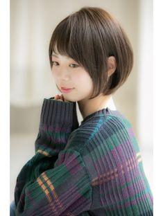 【Euphoria銀座本店】サイドシルエットで決まるショートボブ☆ Asian Woman, Asian Girl, Short Hair Cuts, Short Hair Styles, Salon Style, Beautiful Asian Women, Love Hair, Bob Hairstyles, Salons
