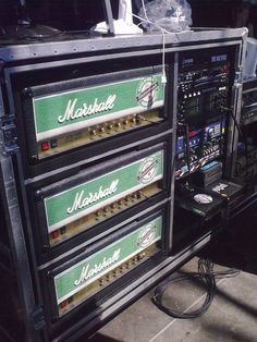 Jeff Hanneman Jeff Hanneman, Guitar Rig, Jukebox, Heavy Metal, Shotguns, Rigs, Guitars, Musica, Amp