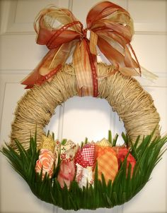 Fabric Tulip Wreath.  If I could EVER replicate this...I would be in heaven.  Pure genius and gorgeous artistry!