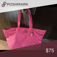 Coach Weekender Bag EUC, Authentic Coach duffle bag like tote. Bags Travel Bags