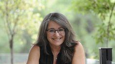 Sharon Haywood, la militante por la diversidad de talles en Argentina Glass, Argentina, Diversity, Law, Drinkware, Corning Glass, Yuri, Tumbler, Mirrors