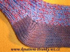 Kdysi jsem dostala tento návod od Dany a pár jich upletla. Návod jsem někam založila, jednou jsem do... Crochet Blouse, Knitting, Model, Handmade, Fitness, Fashion, Ideas, Moda, Hand Made