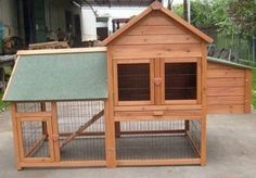 I want chickens so bad! Poor Luke's next project... the chicken palace :)