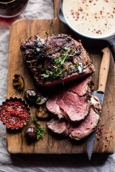 Beef Tenderloin with Mushrooms and White Wine Cream Sauce. Roasted Beef Tenderloin with Mushrooms and White Wine Cream Sauce. Beef Tenderloin - but sub out the canola oil! Roasted Rack of Lamb with Basil Goat Cheese Sauce Holiday Recipes, Dinner Recipes, Dinner Ideas, Hanukkah Recipes, Holiday Meals, Thanksgiving Recipes, Beef Recipes, Cooking Recipes, Sushi Recipes
