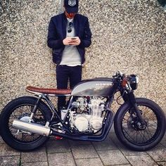 Dear sweet Jesus. Bless me with a motorcycle of this kind in my future.