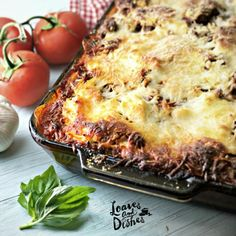 A photo of the crispy browned edges of Cowboy Lasagna with basil leaf and tomatoes Casserole Recipes, Meat Recipes, Pasta Recipes, Cooking Recipes, Beef Casserole, Hamburger Recipes, Beef Dishes, Pasta Dishes, Pasta Sauces