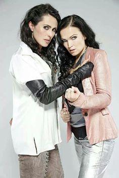 El dúo Tarja Turunen & Sharon den Adel (Sharja)