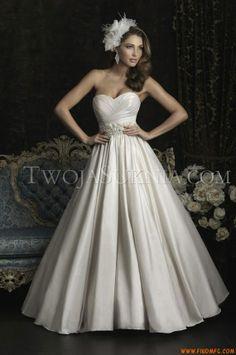 Vestidos de noiva Allure 8969 Bridals