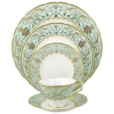 Darley Abbey by Royal Crown Derby - what a lovely pattern that my fiancé detests. Alas, I can settle for the tea cup and saucer! Royal Crown Derby, Crown Royal, Fine China Patterns, Flora Danica, Wedding China, Place Settings, Table Settings, China Girl, Royal Copenhagen