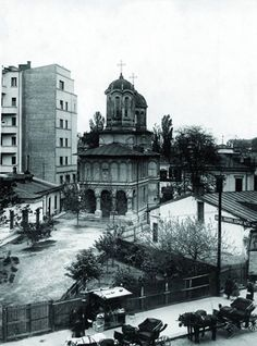 Via București Biserica Enei Places Around The World, Around The Worlds, Romania People, Little Paris, Bucharest Romania, Cult, Old City, Time Travel, Geography
