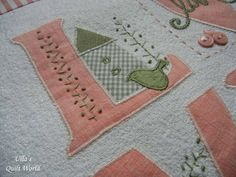 """Love quilt + Pattern. I have made the applique by using a """"normal sewing machine"""". (Ulla's Quilt World)"""
