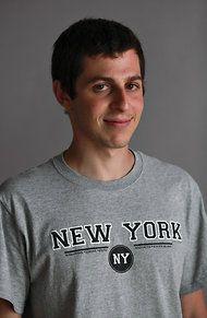 Gilad Shalit, Israeli Former Hostage, Begins as Sportswriter - NYTimes.com