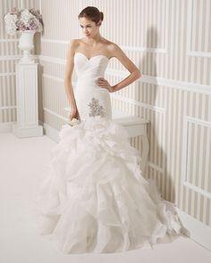 8S185 LUCA | Wedding Dresses | 2015 Collection | Luna Novias