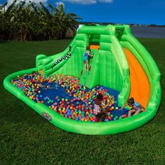This is one of the largest inflatable waterslides we've ever come across. The Blast Zone Crocodile Isle Inflatable Water Park measures 22 feet across by Inflatable Water Park, Inflatable Bounce House, Inflatable Island, Outdoor Toys, Outdoor Fun, Outdoor Playground, Bouncy House, My Pool, Pool Floats