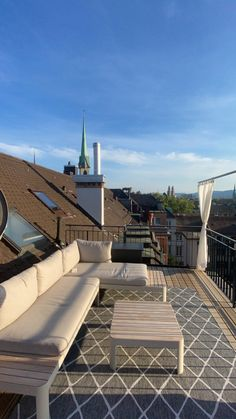 Stay In the Heart of Zürich – Hotel Felix – SWITZERLAND In The Heart, Outdoor Furniture, Outdoor Decor, Old Town, Sun Lounger, Switzerland, Entrance, Old Things, Patio