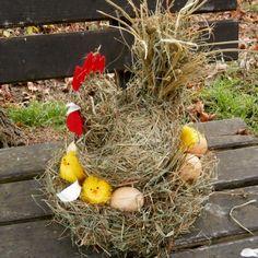 Simira - Velikonoce - Slepice na seně - drahuska56