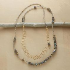 FLEETING MOMENT NECKLACE