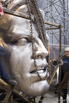"""Soviet Monument """"Worker and Kolkhoz Woman"""" under reconstruction: Mukhina wanted the sculpture to be put on a 60-meter pedestal"""