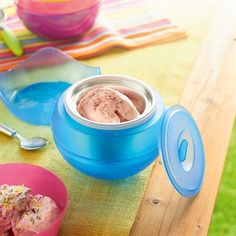Make ice cream with a 5 minute shake!