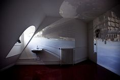 pinhole-movies-explore-rooms-view-camera-obscura-timelapse-3