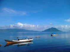 Latar Belakang Pulau Pura, dari Alor Kecip    #Alor #Beach #indonesia #Indonesiaindah #Island #khatulistiwa #photography #streamzoo #VisitIndonesia #pulau