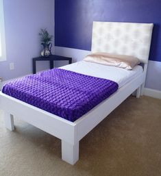 Need twin beds? Build it with these easy steps (I built me two :-). Here are my Parts Lists : M aterials : Dow...