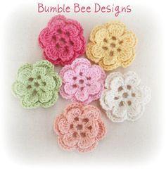 6 x Hand Crochet Roses 2 layer Flower Applique Motifs Clips scrapbooking