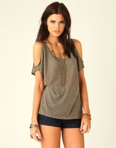 t-shirt cutting ideas | supre cut out shoulder t shirt