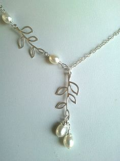 Leaves with Pearls Lariat Necklace, leaf pendant, pearl charm Necklace - wedding jewerly,mother's day gift