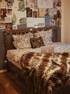 Lifestyle: Eine Posterwand Im Schlafzimmer Selber Machen   DIY. Schlafzimmer  ReisenWohnenBlair Waldorf Wände