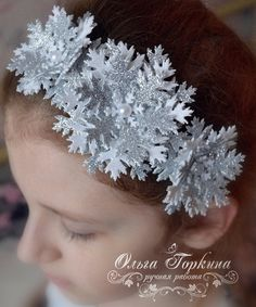 Christmas Hair Bows, Easy Christmas Crafts, Winter Christmas, Recycled Dress, Free Christmas Printables, Carnival Costumes, Christmas Costumes, Newborn Headbands, Baby Girl Gifts